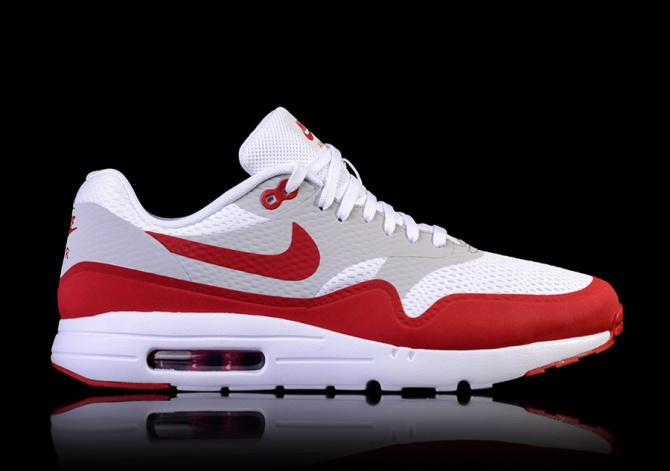 NIKE AIR MAX 1 ULTRA ESSENTIAL VARSITY RED