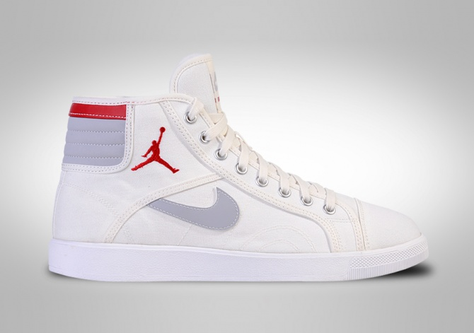 NIKE AIR JORDAN SKYHIGH OG WHITE FIRE RED