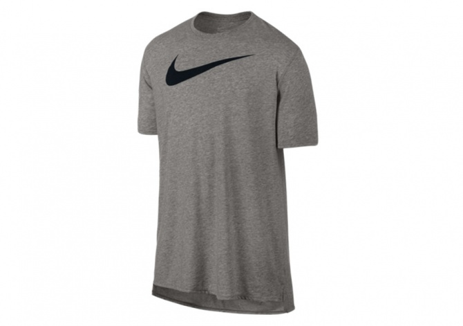 NIKE BACKBOARD DROPTAIL TEE