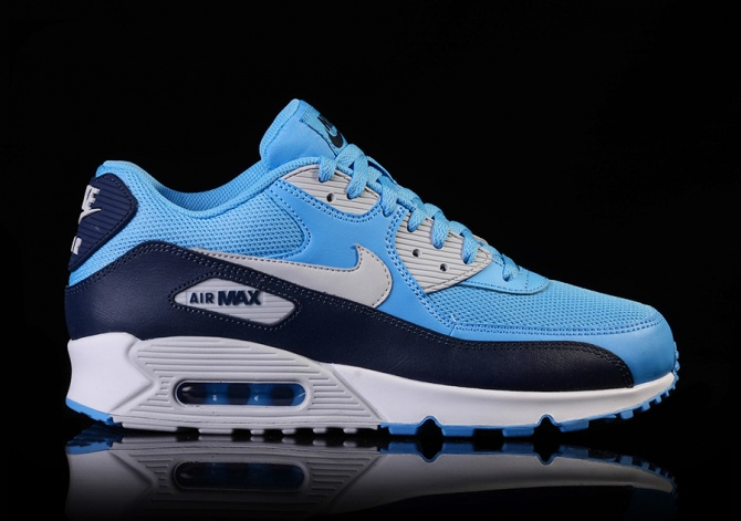 NIKE AIR MAX 90 ESSENTIAL UNIVERSITY BLUE