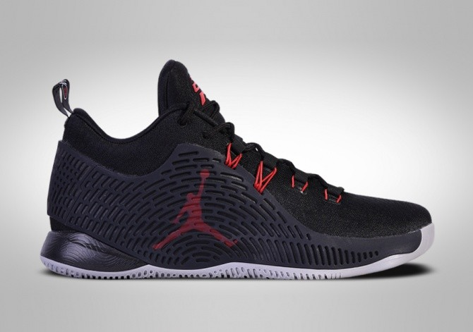 6f4d5405731 NIKE AIR JORDAN CP3.X BRED price €117.50 | Basketzone.net