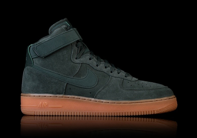 on sale 3c52f 17aa7 NIKE AIR FORCE 1 HIGH  07 LV8 SUEDE GREEN