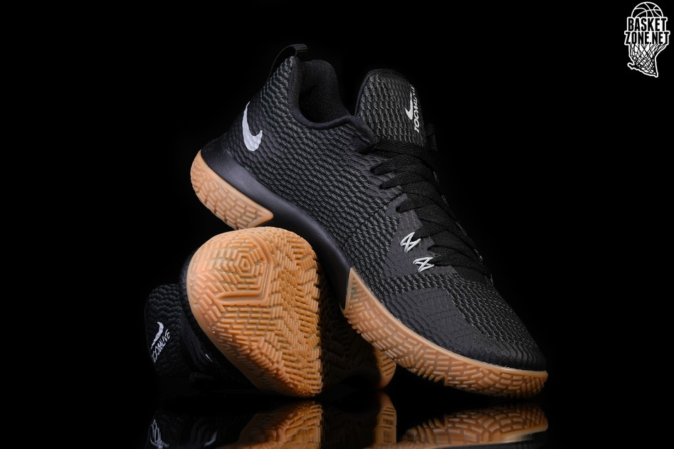 huge selection of d76f2 5cba4 NIKE ZOOM LIVE II BLACK GUM