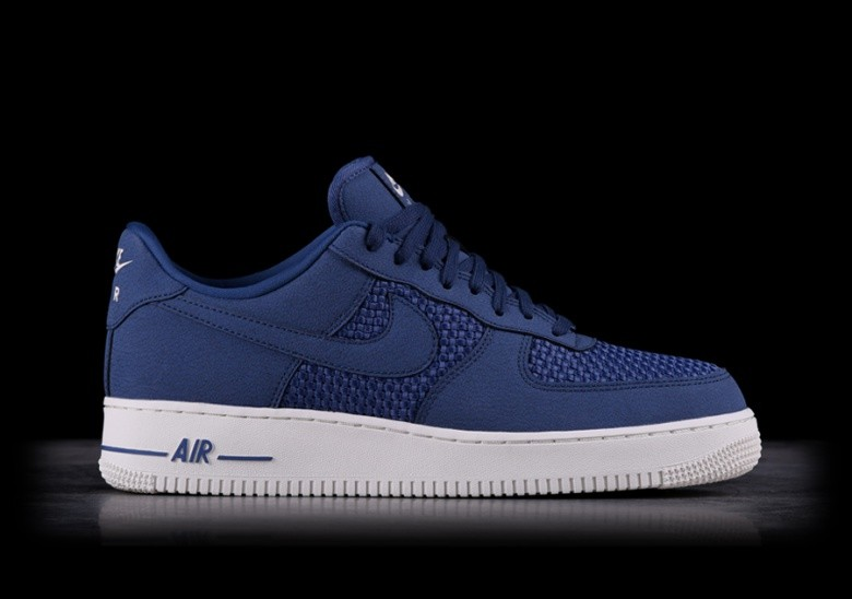 08790b3a2ff NIKE AIR FORCE 1 LO BLUE RECALL pour €92