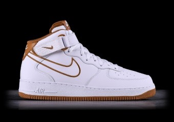 NIKE AIR FORCE 1 '07 LV8 MUTED BRONZE por €102,50