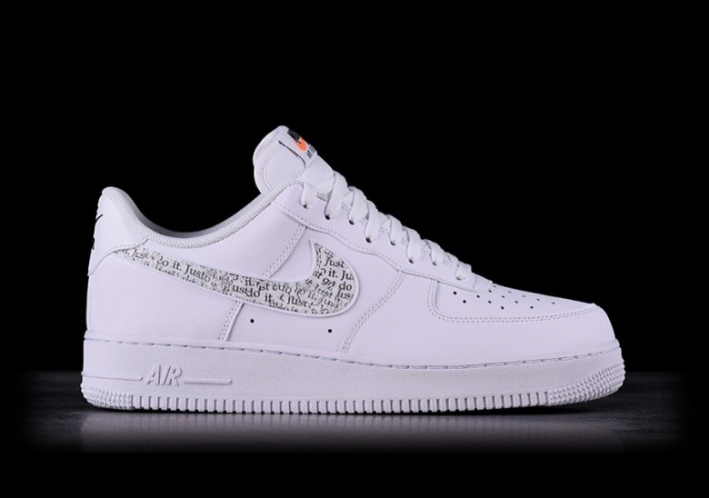 NIKE AIR FORCE 1 '07 LV8 JDI LNTC WHITE por €109,00