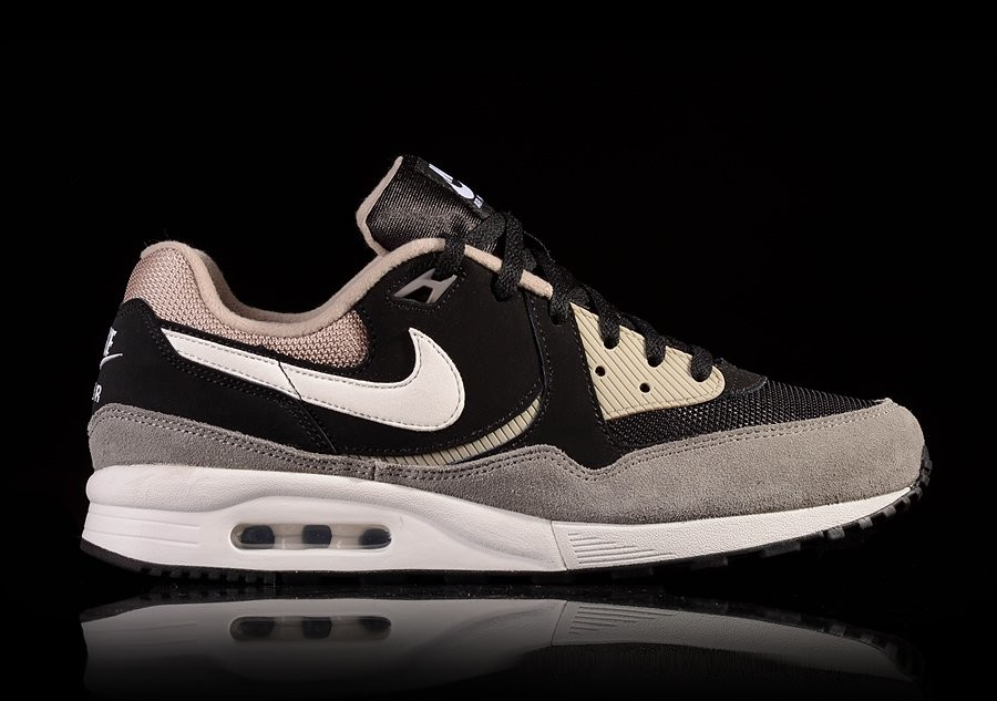 NIKE AIR MAX LIGHT ESSENTIAL BLACK CHINO FLAT PEWTER