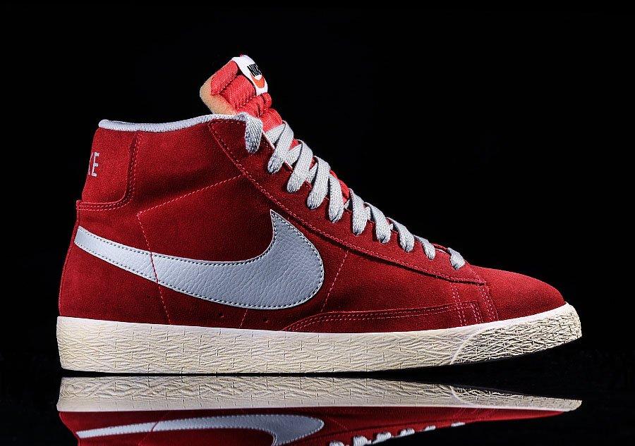 Nike Buty BLAZER LOW SUEDE VNTG czerwony |